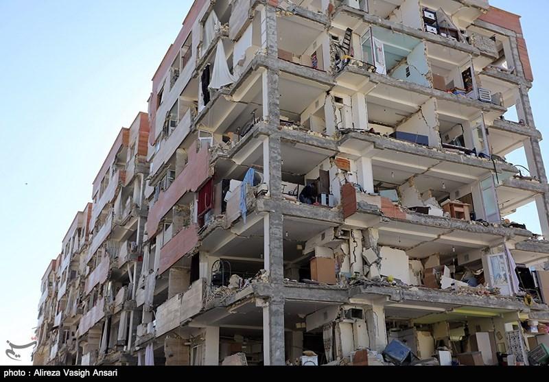 تنها دیوارههای بیرونی مسکن مهر کرمانشاه در زلزله شب گذشته تخریب شده است