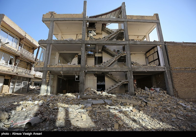 IRGC to Build Housing Units for Some Quake-Hit People in Western Iran