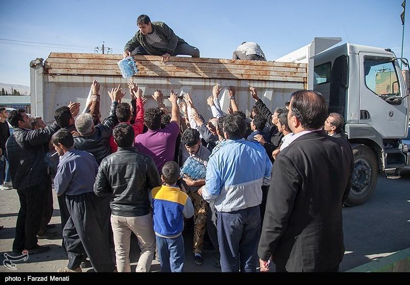 امداد رسانی به مصدومان زلزله در سرپلذهاب