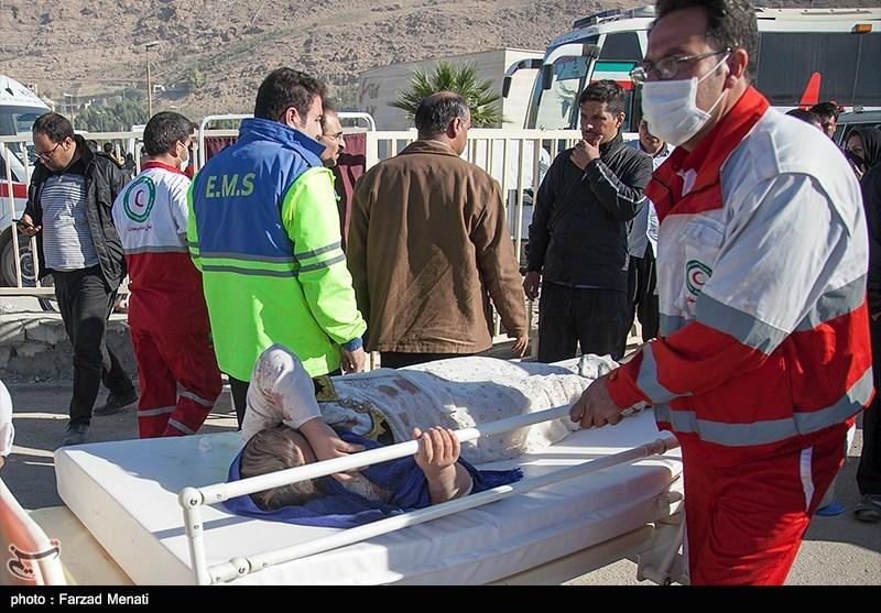 تیمهای امدادی و نیروهای تخصصی هلال احمر در مناطق زلزله زده حاضر شدند