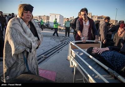 ایران میں زلزلہ کی تباہ کاریاں، تعداد 328 ہوگئی