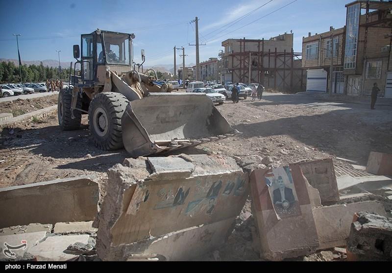 دستگاههای بستهبندی آب در مناطق زلزلهزده تعبیه شد