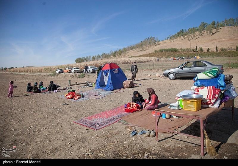 مردم نگران کمبود پتو و چادر در مناطق زلزلهزده استان کرمانشاه نباشند