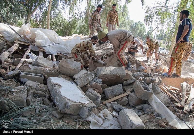 امیر مولایی: 40 پزشک و 1600 تخته چادر با هواپیما در راه مناطق زلزلهزده است