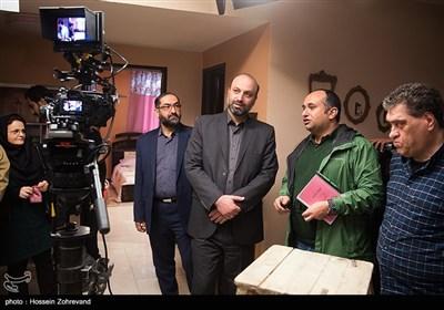مازیار میری کارگردان سریال هیات مدیره و مجید زین العابدین مدیر شبکه پنج سیما در پشت صحنه سریال هیات مدیره