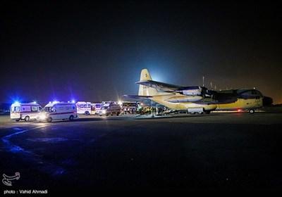 بالصور.. وصول المجموعة الخامسة من مصابی زلزال کرمانشاه الى مطار مهرآباد بطهران
