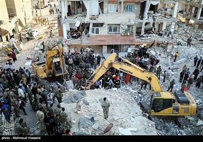 ایران زلزلہ؛ ملبے تلے افراد کو نکالنے کا عمل جاری/ تاحال 430 جاں بحق اور 7370 زخمی