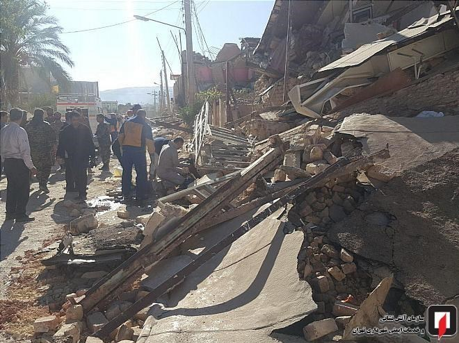 امدادرسانی آتشنشانان تهرانی در مناطق زلزلهزده + تصاویر