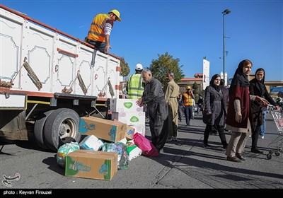 جمع آوری کمکهای مردمی برای زلزله زدگان - سنندج