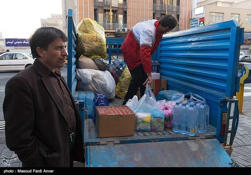 ترافیک سنگین مانع از رسیدن کمکها به تازه آباد ثلاث باباجانی + فیلم