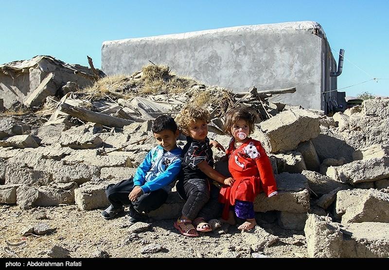 27 کامیون از کمکهای سپاه لرستان به کرمانشاه اعزام شد
