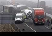تصادف زنجیرهای 30 خودرو 7 کشته در پی داشت