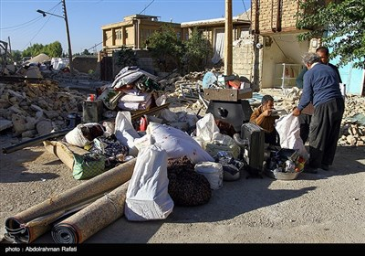 Iran Earthquake: Rubble Removal in Progress after 3 Days
