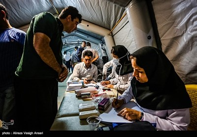 خدمات درمانی در مناطق زلزله زده