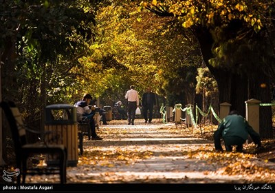 الخریف فی طهران