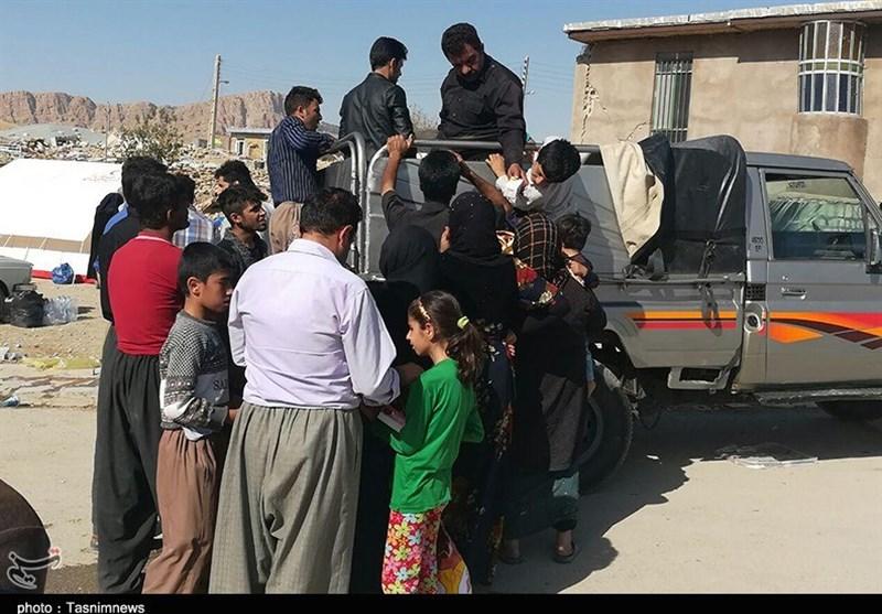 حماسهای به وسعت ایران در مناطق زلزلهزده/محبت ایرانیان زلزله را زمینگیر کرد+ فیلم