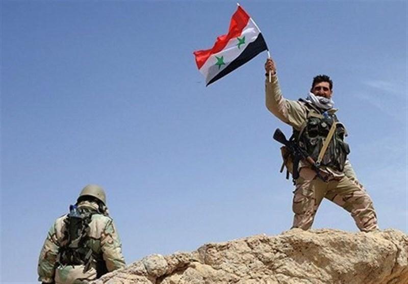 """الجیش السوری وحلفاؤه یسقطون البوکمال عسکریا ..واستمرار المعارک فی """"حرستا"""" بریف دمشق"""