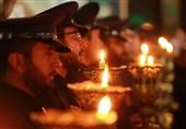 خطبهخوانی خادمان حرم حضرت معصومه(س) در شب شهادت امام رضا(ع) بهروایت تصویر