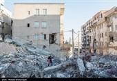 170 پزشک بسیجی به مناطق زلزلهزده اعزام شدند