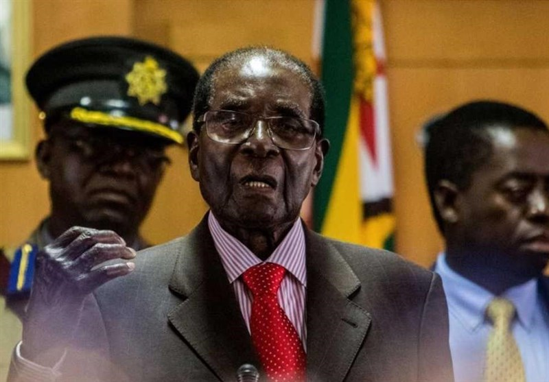 Fired Zimbabwean VP Backs Mugabe's Impeachment