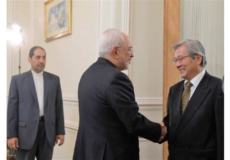 Iran's Zarif, UN Envoy Discuss Ways to Boost Stability in Afghanistan