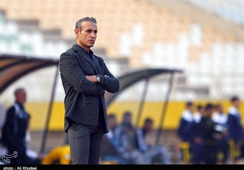 مشهد| گلمحمدی: بازیکنانم با ایمان و اراده قوی وارد بازی شدند و به حقشان رسیدند/ هنوز کار خاصی انجام ندادهایم