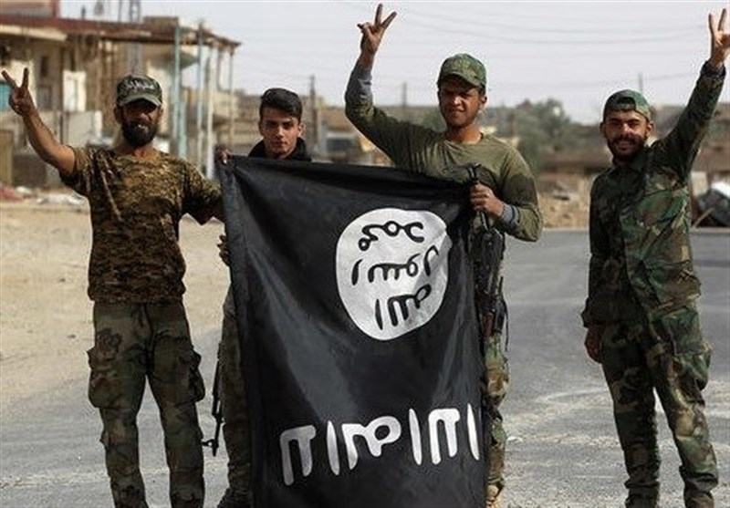 Daesh Self-Proclaimed Caliphate Ends in Syria, Iraq against US Will