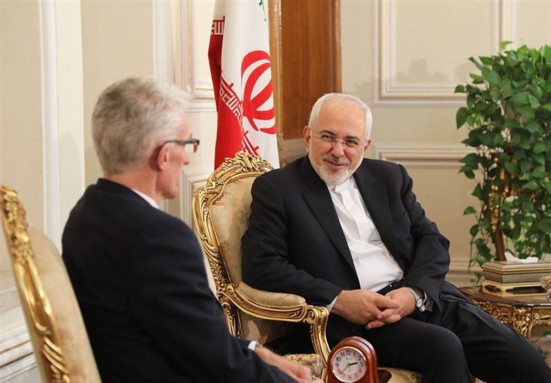 Iran's Zarif, UN Official Discuss Humanitarian Aid in Yemen, Syria