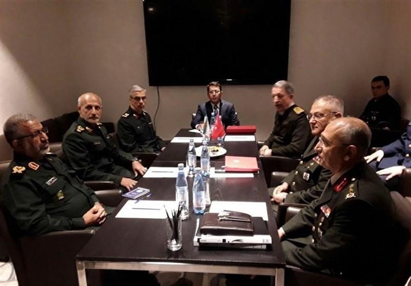 سوچی میں ترک آرمی چیف کی جنرل باقری سے ملاقات + تصاویر