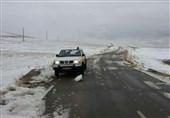 وزش بادهای شدید در تهران و بارش برف پاییزی در ارتفاعات البرز