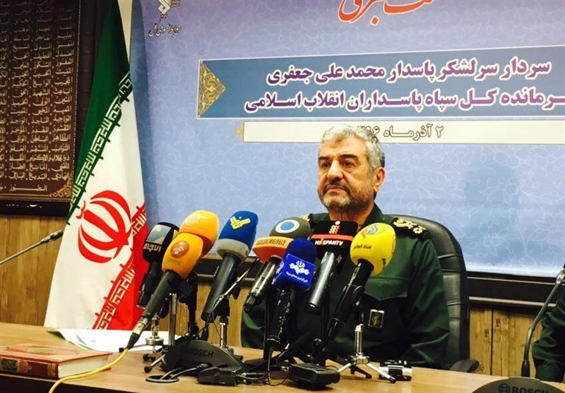 Resistance Front Fighters to Hold Prayers in Quds One Day: IRGC Commander