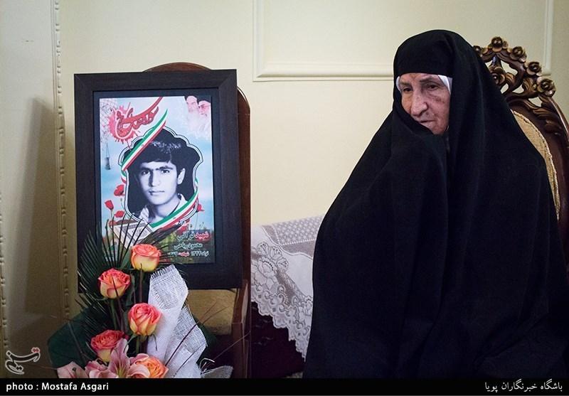 پایبندی به حجاب اسلامی تاکید ویژه فرزند شهیدم به مردم کشورش است