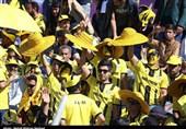 حاشیه بازی پارس جنوبی - استقلال خوزستان| انفجار ترقه در دست هوادار پارس جنوبی؛ نوری کاپیتان شد