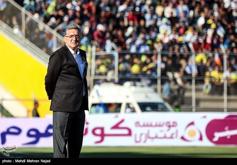 دیدار تیمهای فوتبال پارس جنوبی جم و پرسپولیس تهران
