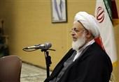 یزد | مسئولان با جدیت بیشتری پیگیر رفع مشکلات معلمان حمایتی باشند