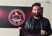 ثبت قرارداد عمرانزاده و اکبرپور در هیئت فوتبال مشهد