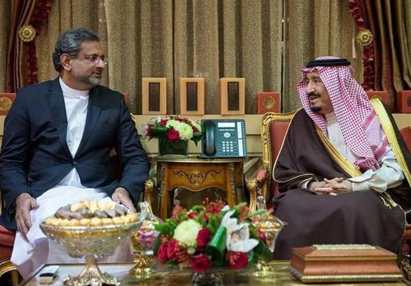 اپنا ملک دیوالیہ، دوسروں کا بیڑہ پار/ وزیراعظم پاکستان کی سعودی بادشاہ سے ملاقات