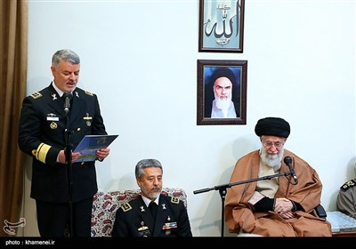 Iranian Navy Commanders Meet Leader