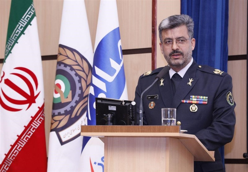 معاون وزیر دفاع: متخصصان صنعت دفاعی بیسیمهای رادار گریز را تولید کردند / اجازه دست درازی به ایران را نمیدهیم