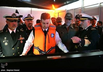 تقریر مصور// ازاحة السّتار عن 9 إنجازات جدیدة فی بحریة الجیش الایرانی