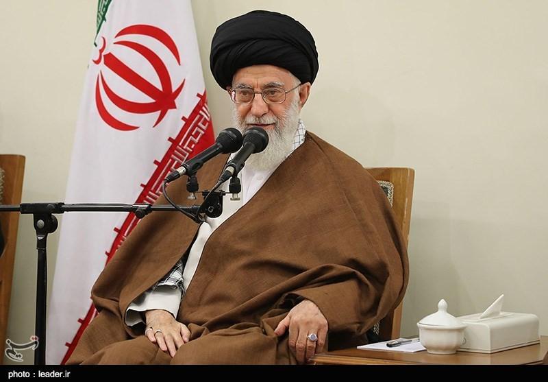 الإمام الخامنئی یستقبل رؤساء السلطات الثلاث وضیوف مؤتمر الوحدة الإسلامیة+صور