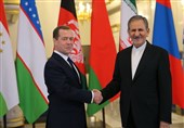 VP: Iran Open to Investment from Russia Oil Giants