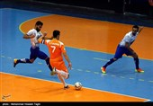 اصفهان  بازیکن تیم فوتسال فرشآرا: داور دیدار با گیتیپسند در حد این بازی نبود