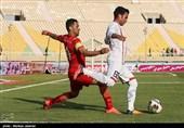 لیگ برتر فوتبال|برتری فولاد برابر پیکان در 45 دقیقه اول