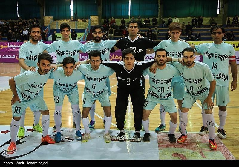 هیئت فوتبال انصراف تیم فوتسال لیگ برتر قم را تکذیب کرد