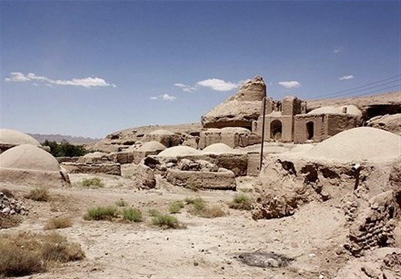 یک برج تاریخی فرو ریخت / قناتها کور شدند + تصاویر