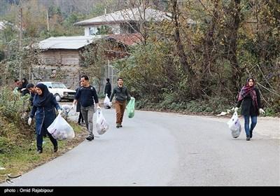 پاکسازی منطقه گردشگری سموش رحیم آباد - گیلان