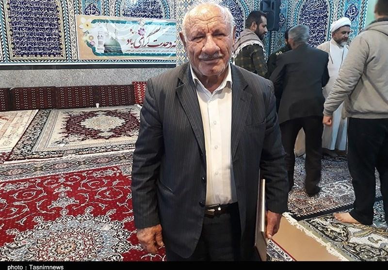 پدر شهید حسین اصلانی در یادواره ستارههای آسمانی در هفتگل