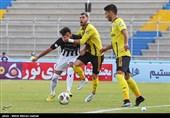 دیدار تیم های فوتبال پارس جنوبی جم و سیاه جامگان مشهد