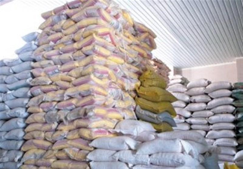 کشف 70 کانتینر برنج احتکار شده در بندرعباس